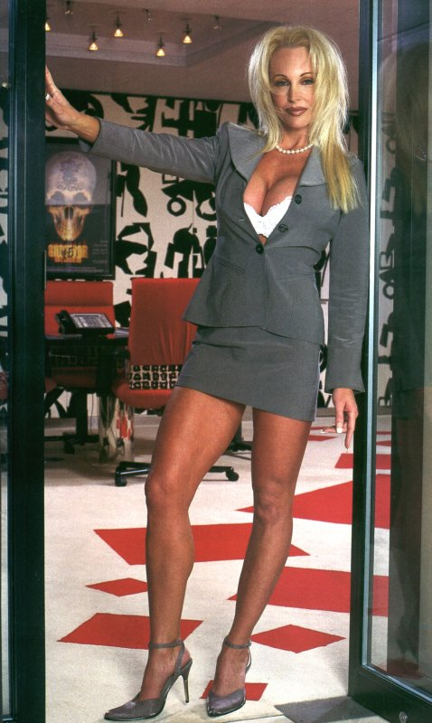 debra marshall at vince mcmahon�s office nobody reads